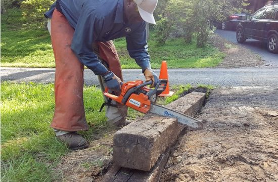 what saw to use to cut railroad ties