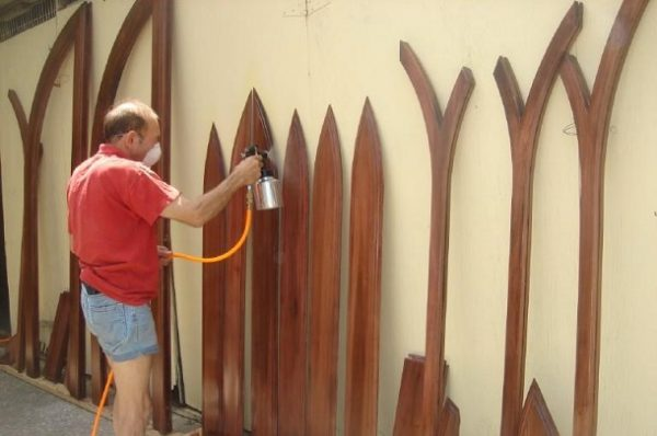 how to clean woodwork before painting